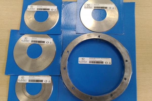 affilatura-lame-circolari584C43D2-768E-645E-7B33-EC32366864B5.jpg