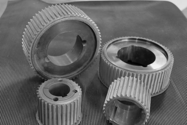 pulegge-dentate-rivestite-in-carburo-di-tungsteno-599058DE518E-308B-1842-19D0-F9A5E35E5DF3.jpg